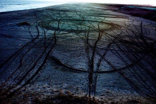 From the series Rasen Kaigan (Spiral Shore): photo by Shiga Lieko
