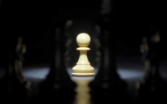 a-white-pawn-chess-1024x640